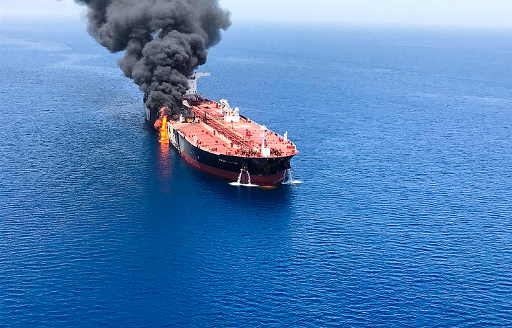 USA  releases video it claims proves Iran's role in tanker attacks