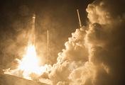 Atlas V rocket carrier launch