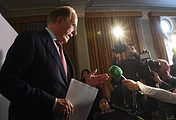 Richard McLaren speaking during a press conference following the publication of his report on doping in Russian sport, December 2016