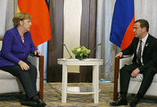 German Chancellor Angela Merkel and Russian Prime Minister Dmitry Medvedev