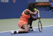 Серена Уильямс во время полуфинального матча на теннисном турнире US Open, 11 сентября 2015 года в Нью-Йорке