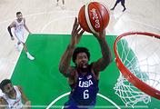 Эпизод из полуфинального матча олимпийского турнира по баскетболу между сборными США и Испании
