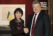 Президент Швейцарии Дорис Лойтхард и президент Украины Петр Порошенко (слева направо)