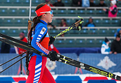Российская спортсменка Ульяна Кайшева во время смешанной эстафеты на соревнованиях по биатлону на III Всемирных зимних военных играх - 2017