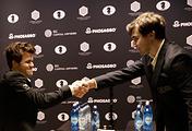 Магнус Карлсен и Сергей Карякин