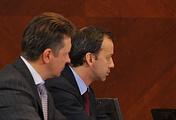 Министр транспорта РФ Максим Соколов и вице-премьер РФ Аркадий Дворкович