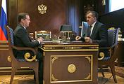 Премьер-министр РФ Дмитрий Медведев и глава Ингушетии Юнус-Бек Евкуров