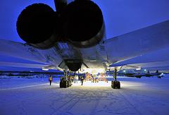 Бомбардировщик Ту-22М3, вернувшийся на базу в Оленегорск из Сирии