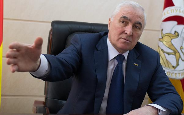 Президент республики Южная Осетия Леонид Тибилов во время интервью ТАСС