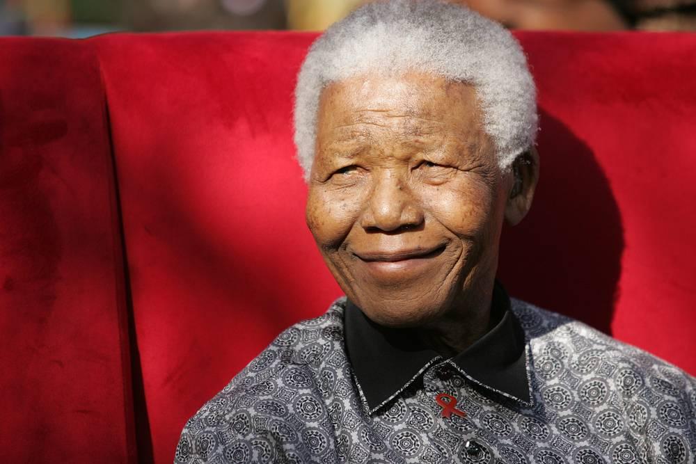 December 6. SAR ex-president Nelson Mandela (95) passes away