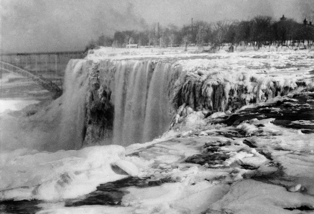 Last time Niagara Falls froze in 1912