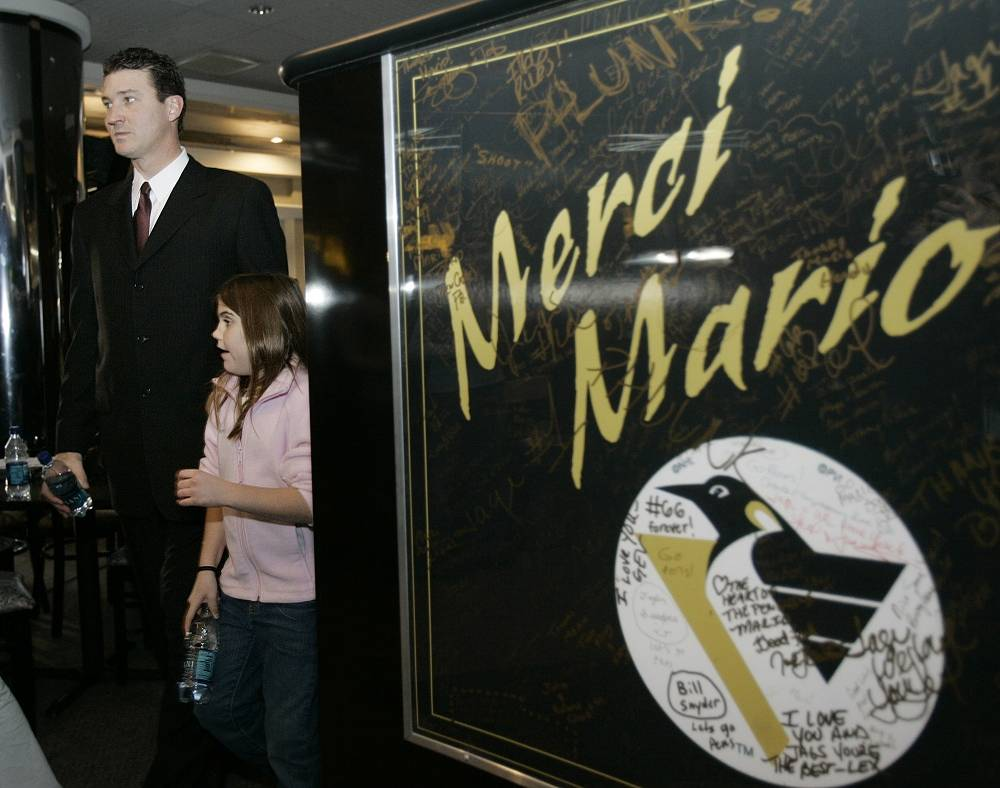 However, he returned again in 2000 and played several seasons before he announced his retirement as a player on Jan. 24, 2006. Lemieux finishes his career with 690 goals and 1,033 assists in 915