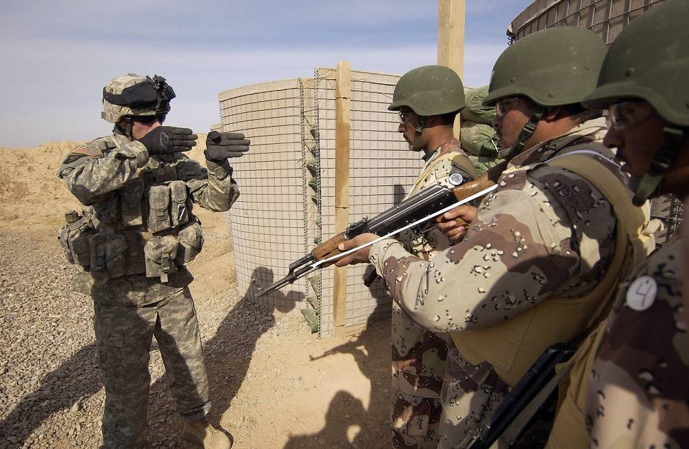NATO military training mission in Iraq started in 2005. Photo: NATO instructor training Iraqi recruits