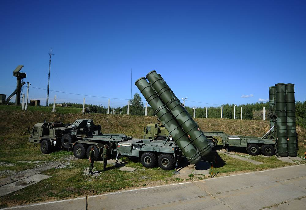 S-400 air defense systems near Moscow (archive)