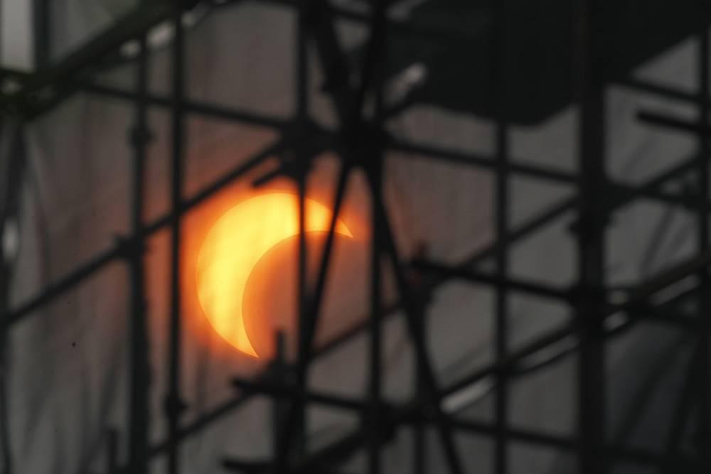 Partial solar eclipse in Beijing in 2012