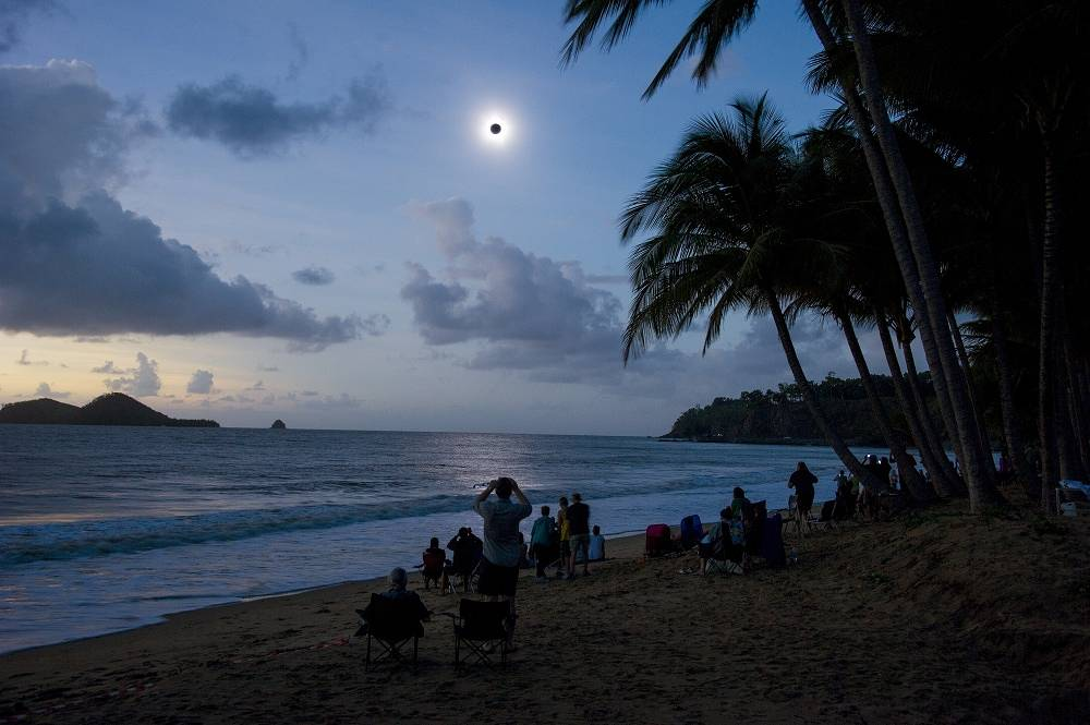 Total eclipse seen in Queensland, Australia in 2012