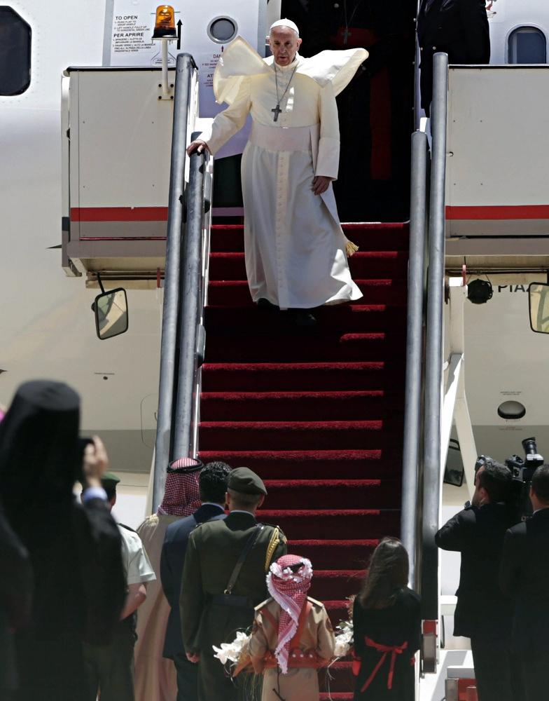 Pope Francis in Amman airport, Jordan, in 2014