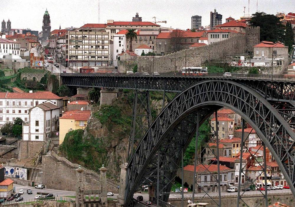 The Don Luis bridge in Portugal's Porto was designed by Gustave Eiffel, the architect who built the Eiffel Tower
