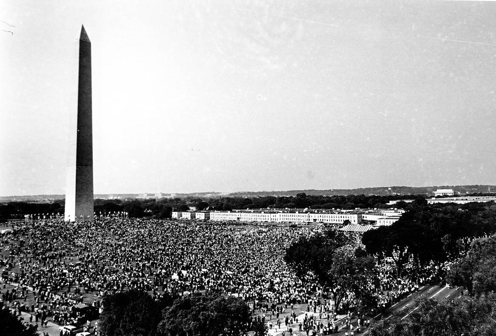 """On August 28, 1963, Martin Luther King delivered his famous speech """"I Have a Dream""""  in which he called for an end to racism in the US. Photo: People gathered at the Washington Monument grounds on August 28, 1963"""