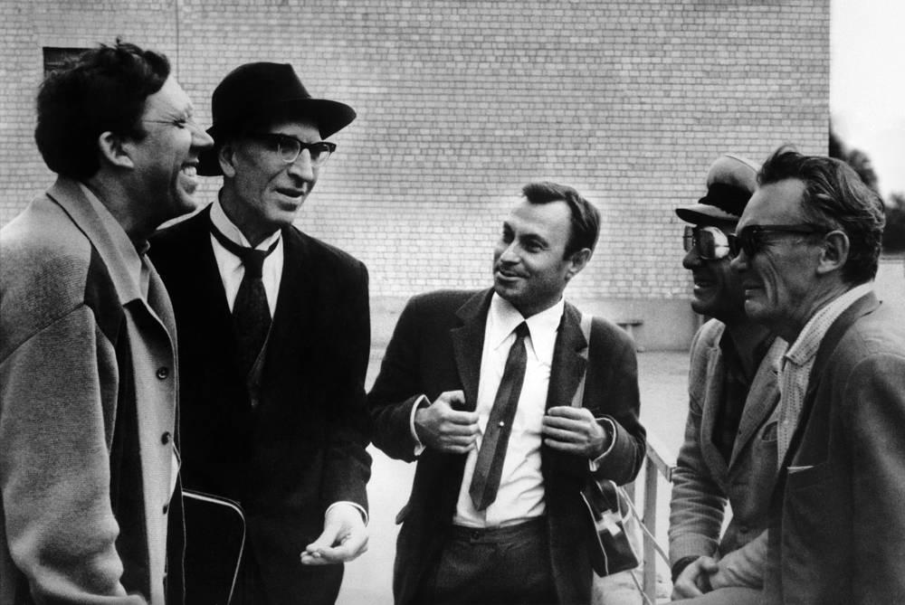 Actors Yuri Nikulin, Sergei Filippov, TASS photo reporter Alexander Kon'kov and movie director Leonid Gaidai during a break between shooting, 1970