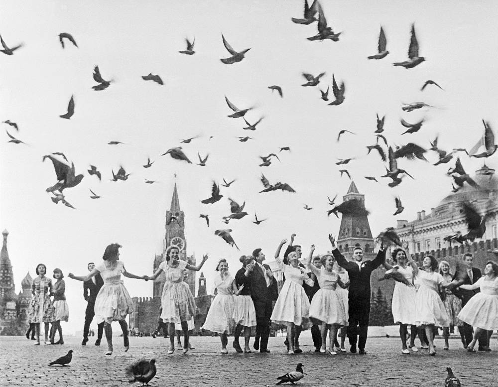 Graduates of Moscow schools at Red Square, 1961