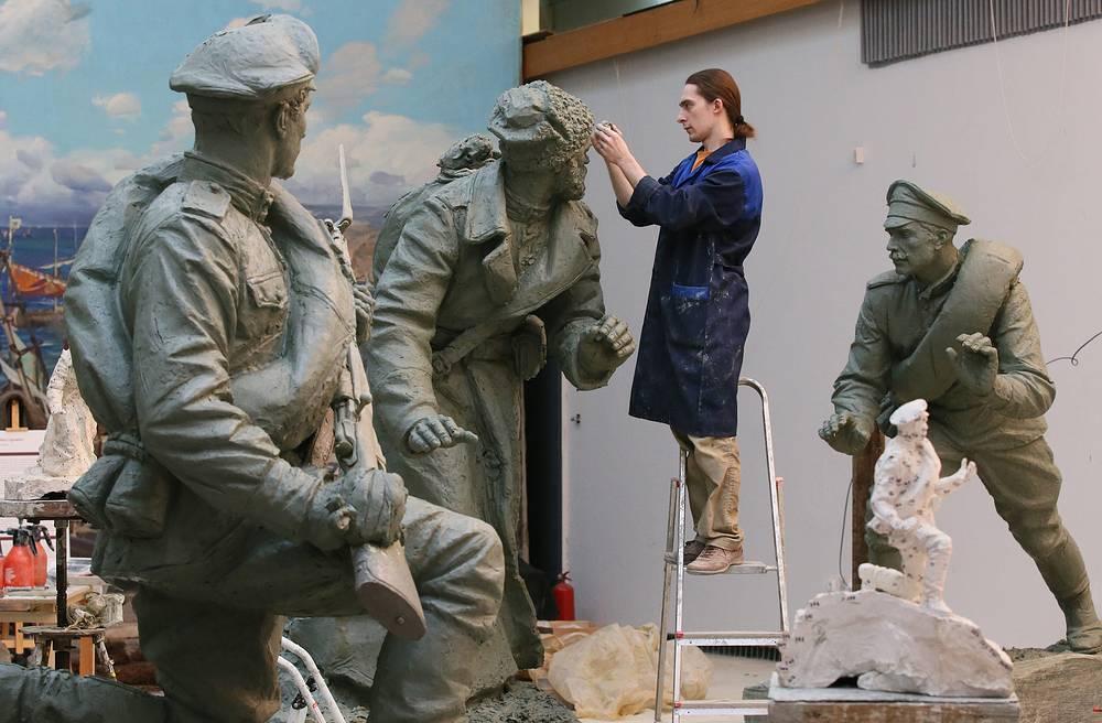 Sculptures in the M.B.Grekov arts atudio in Moscow