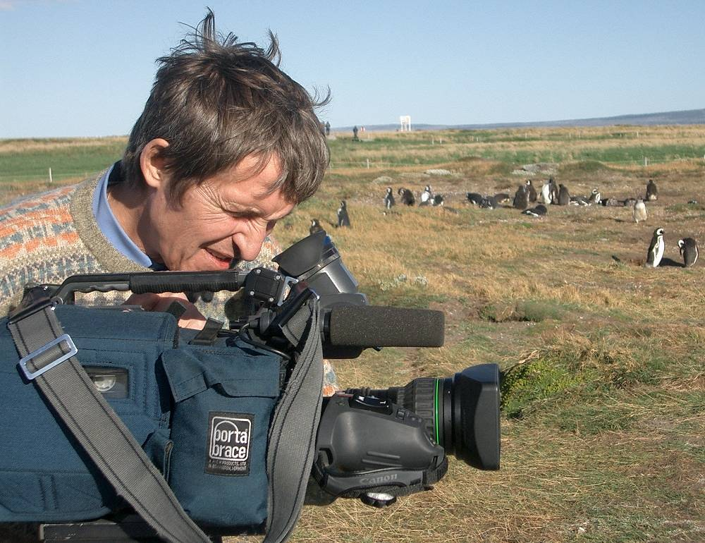Channel One cameraman Anatoly Klyan was killed in gunfire in Donetsk region on June 30, 2014. He was awarded the Order of Courage posthumously