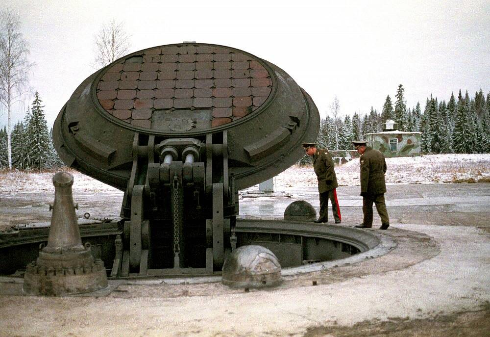 Photo: Opened silo of a Topol-M missile, 2001