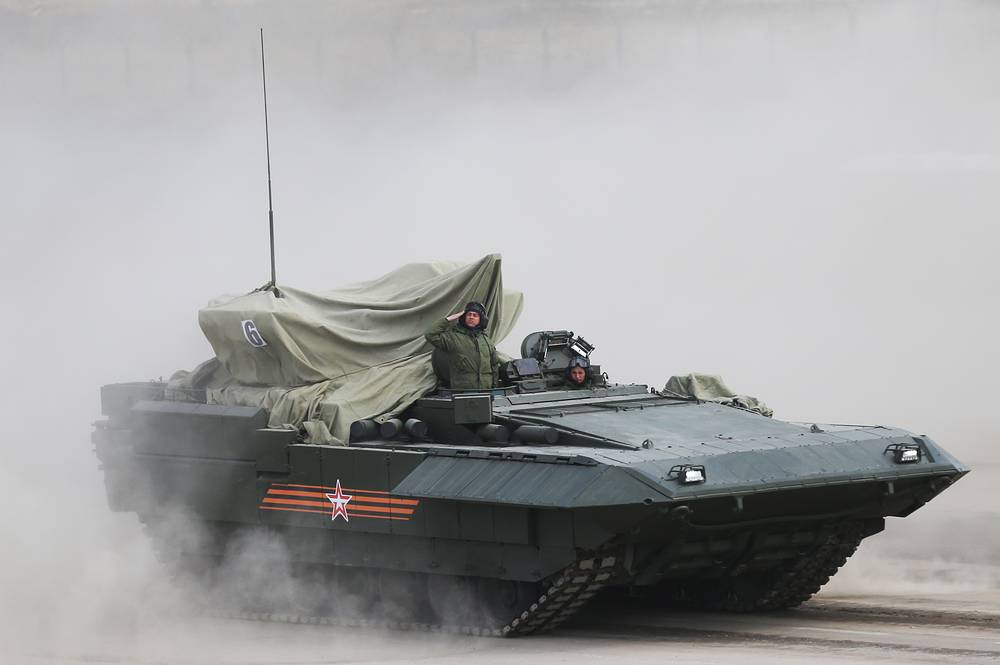 Russia's new generation armored combatvehicle on Armata platform