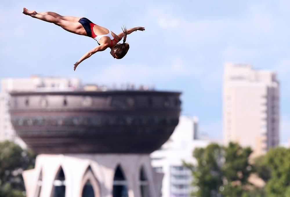 US Tara Tira at Women's 20m High Diving