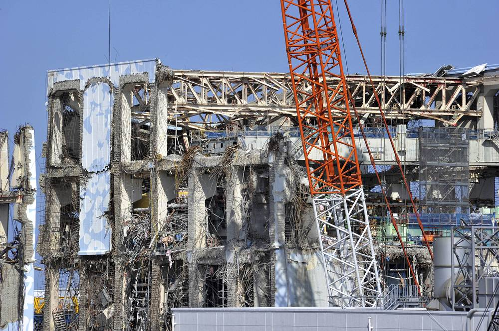 In March 2011 the tsunami triggered by the quake in Japan left more than 18,000 people dead or missing. A gigantic wave hit the nuclear power plant Fukushima-1 that resulted in the most devastating nuclear disaster since the Chernobyl nuclear power plant catastrophe in 1986. Photo: Crippled reactor building of Tokyo Electric Power Co., Fukushima Dai-ichi nuclear power plant in Okuma, northeastern Japan