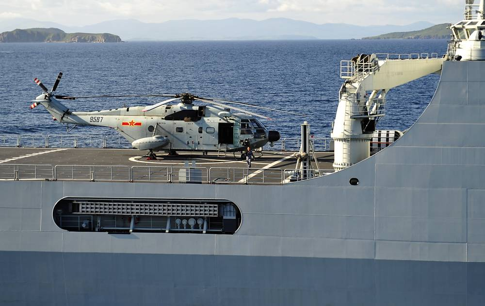 Chinese Changbaishan landing ship in the Gulf of Peter the Great