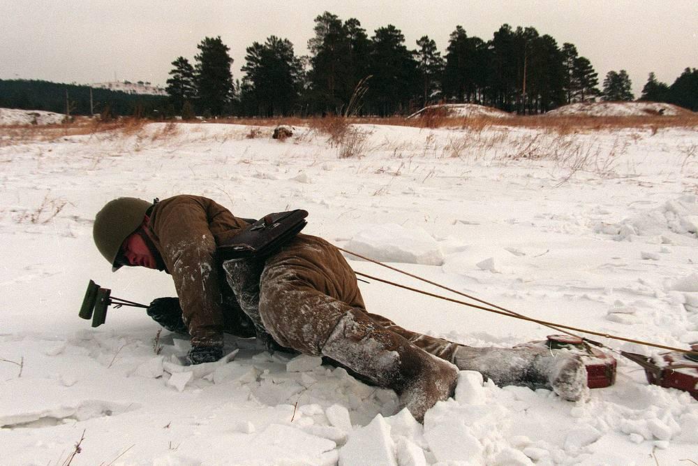 Practical training of Vitebsk and Khingan engineer combat brigade, 1997