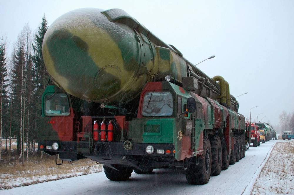 Topol missile being transported to a launching pad at Plesetsk cosmodrome, 2005
