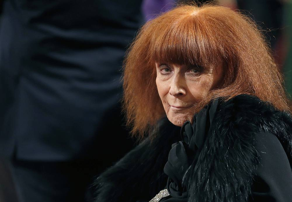 French fashion designer Sonia Rykiel, whose relaxed striped sweaters helped liberate women from their stuffy suits and who went on to run a global fashion empire, died at 86 on August 25, 2016