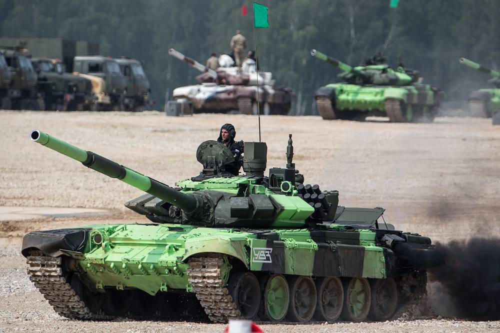 T-72B3 tank in the Individual race event of the Tank Biathlon competition at Alabino Firing Range as part of the 2016 Army Games