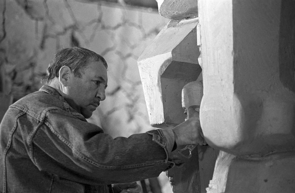 Russian sculptor Ernst Neizvestny died at 91 on August 9