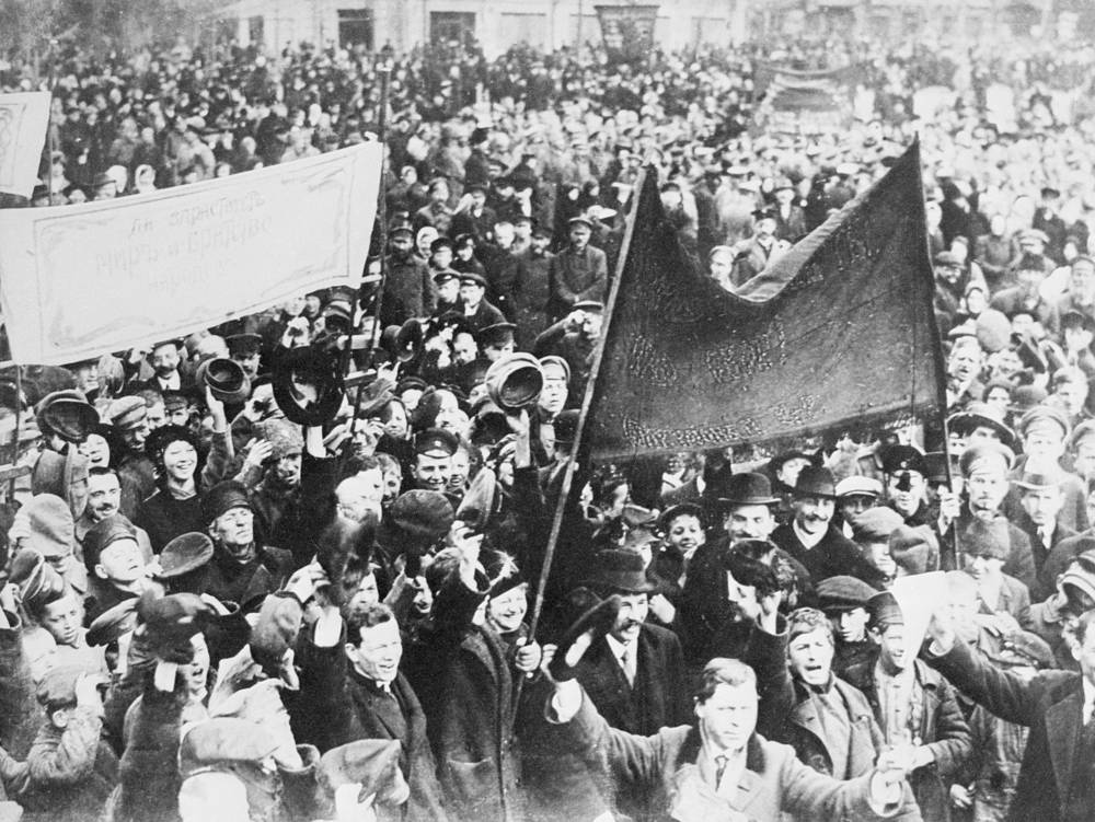After Nicholas's abdication, revolutionaries dismantled any tsarist symbol including the bronze statue of Alexander the III, Nicholas's father. Photo: Demonstration in Petrograd after the Tsar Nicholas II's abdication proclamation, March 1917