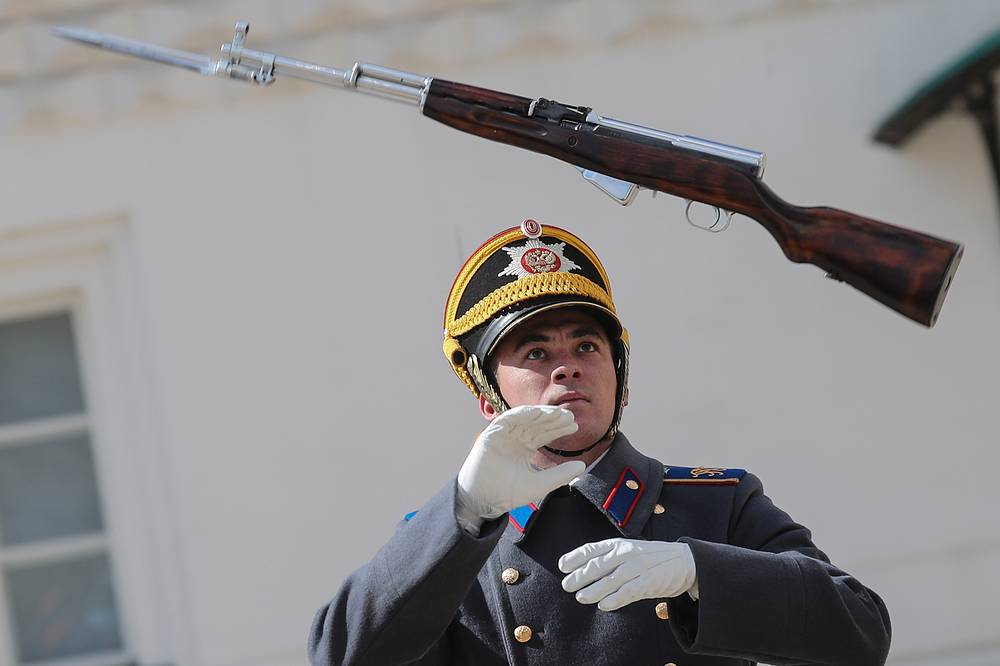A guardsman of the Kremlin Regiment