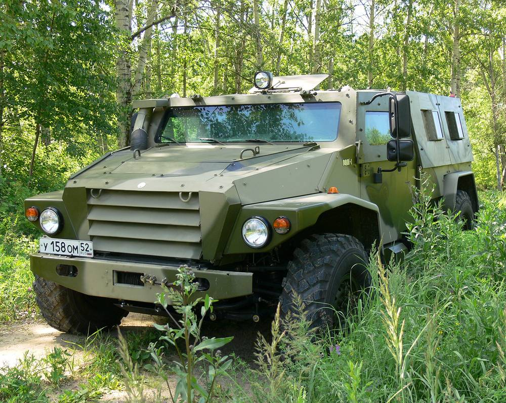 VPK-3927 Volk (Wolf) tactical high-mobility multipurpose military armored vehicle. The Volk family is based on a highly modified GAZ Tigr