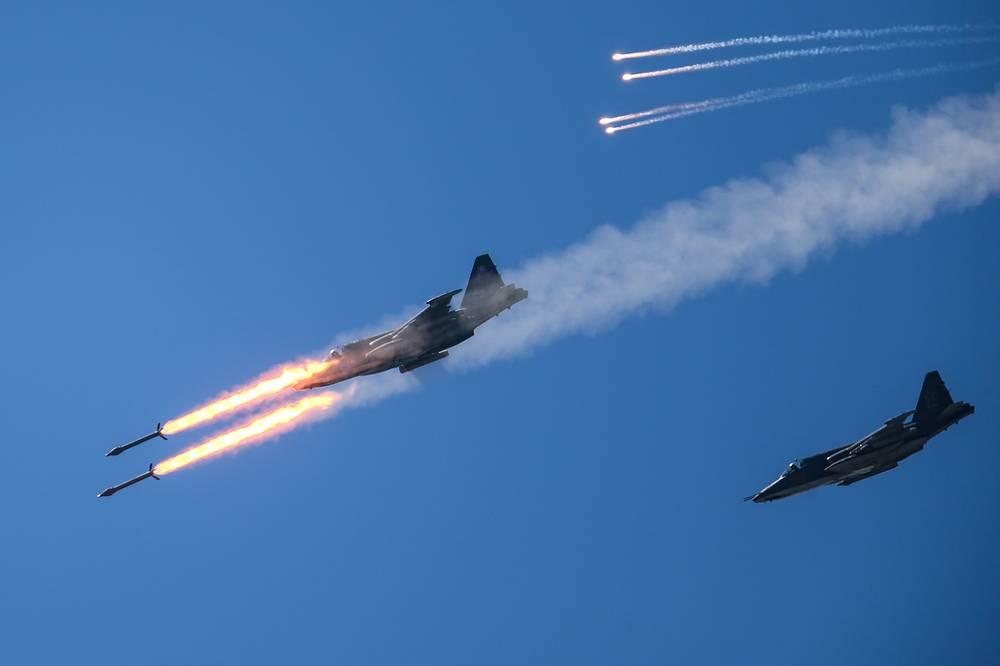 Sukhoi Su-25 fighter jets