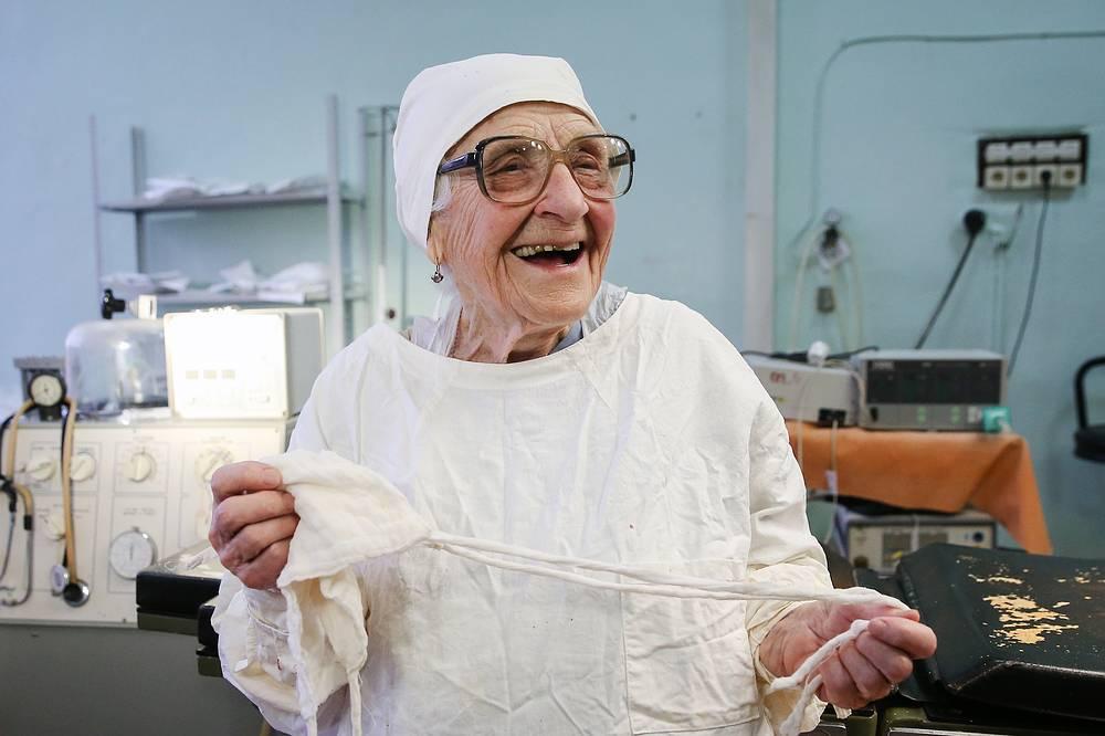 Russia's oldest working surgeon Alla Ilyinichna Levushkina ,89, in an operating room at Ryzan City Hospital No 11, January 31
