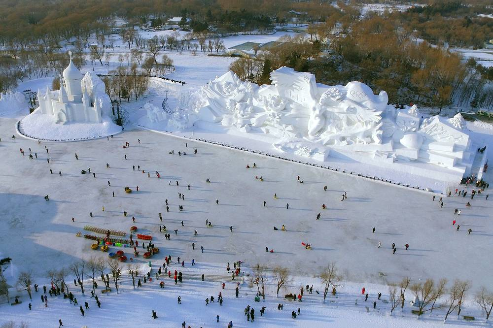 A 35-meter-high and a 100-meter-long snow sculpture at the Harbin International Snow Sculpture Art Expo