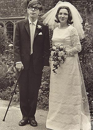 Since 1960s, Hawking has been suffering from amyotrophic lateral sclerosis that has gradually paralyzed him. Photo: Stephen Hawking and his first wife Jane, 1965