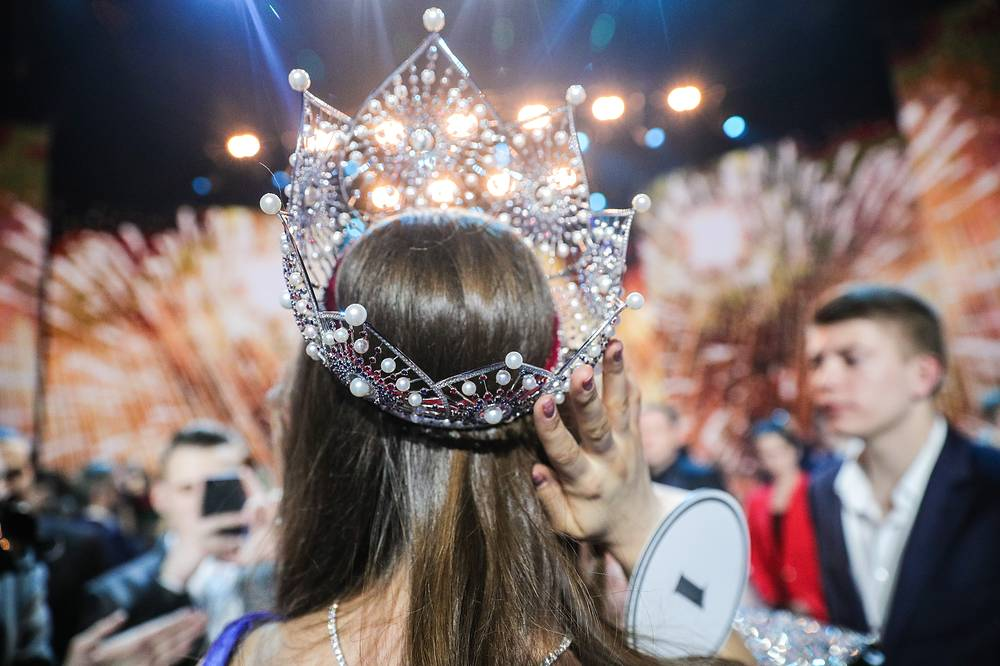 Yulia Polyachikhina after winning the crown in the final show of the 2018 Miss Russia National Beauty Contest