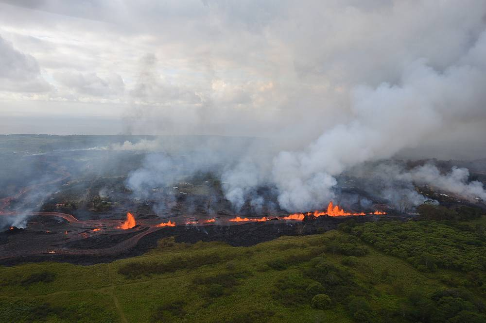 Lava fountains from Fissure 20 in Kilauea Volcano's lower East Rift Zone in Pahoa, Hawaii
