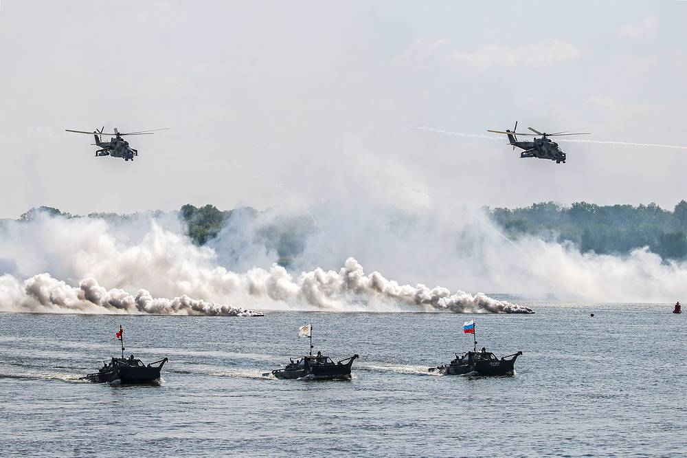 Mi-24 helicopters and amphibious APCs