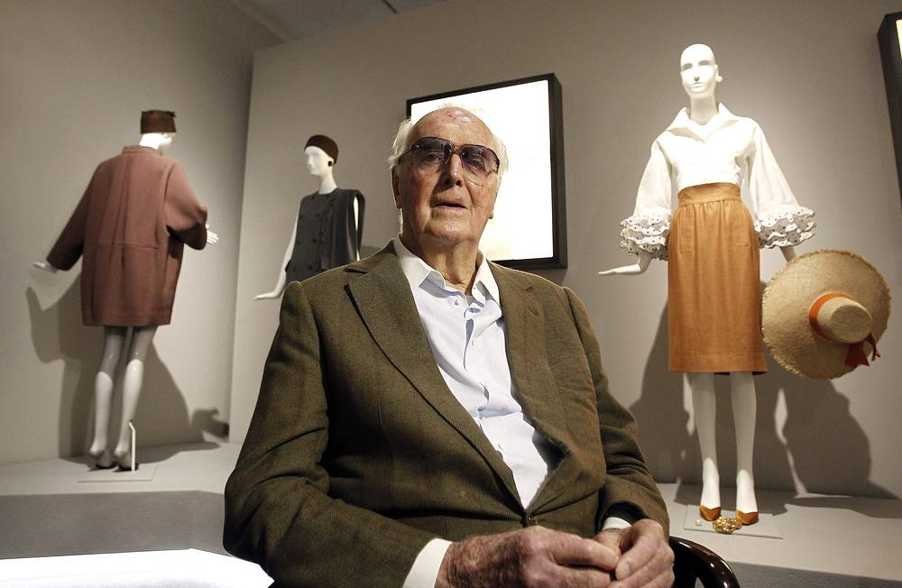 Hubert de Givenchy, founder of the eponymous French fashion house, died on March 10. He was 91