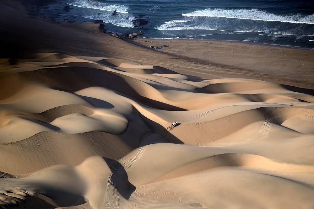 A general view of the second stage of the Dakar Rally, between Pisco and San Juan de Marcona, in Peru