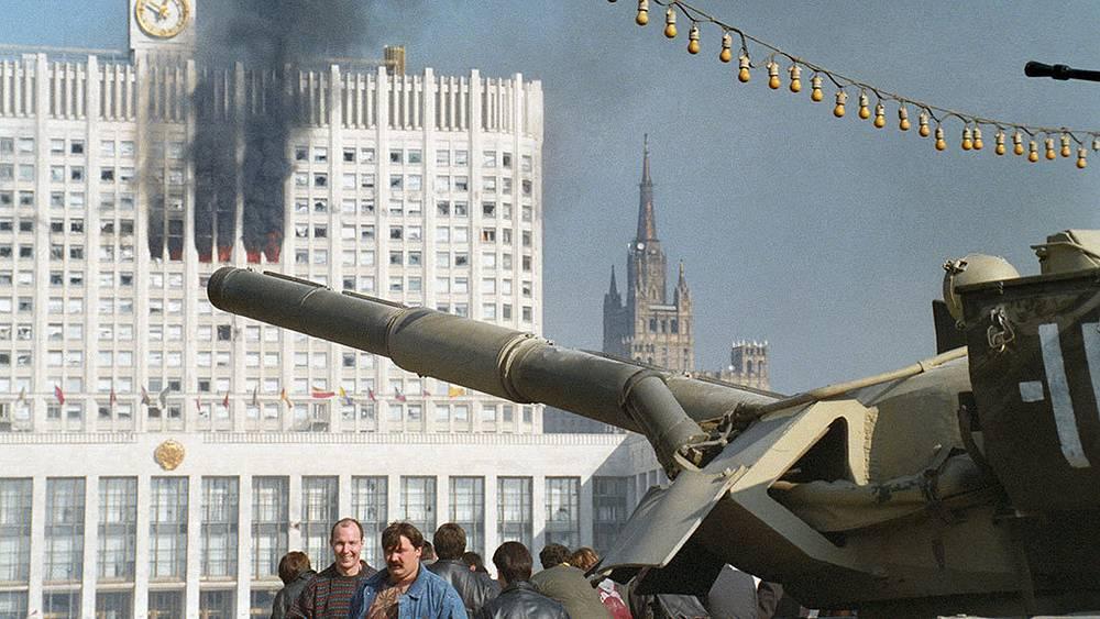 The White House after shelling. Photo ITAR-TASS/ Boris Kavashkin